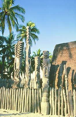 Гавайские острова. Полинезийский культурный центр, остров Оаху.
