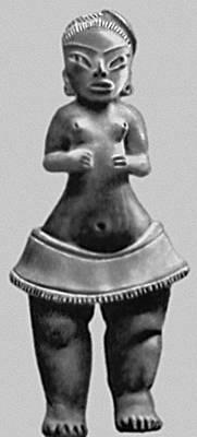 Мифология. Женская фигурка — символ плодородия. Из Тлатилько. Архаическая культура. 1500—1000 до н. э. Национальный музей антропологии. Мехико.