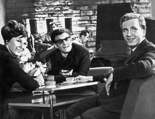 Сцена из спектакля «Лёгкая рука». Реж. В. К. Каспер. 1967.