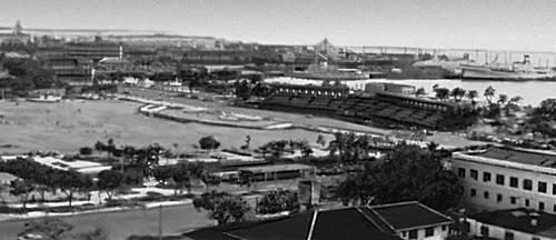 Манила. Портовая часть города.
