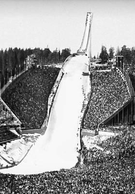 Осло. Трамплин в Хольменколлене в окрестностях Осло. 1963. Архитекторы Ф. Риннан и О. Тветен.