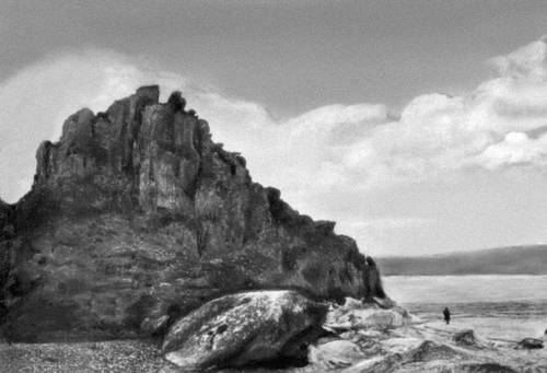 Байкал. Скалы острова Большой Ушканий.