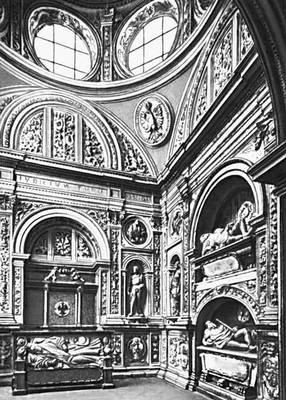 Б. Берреччи и др. Капелла Сигизмунда I в соборе на Вавеле в Кракове 1517—33.