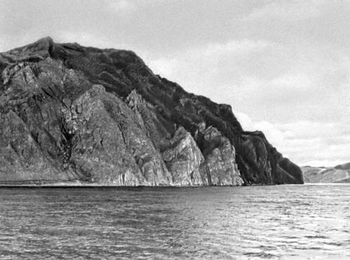 Байкал. Западный берег. Мыс Ая.