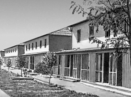 Двухэтажные блокированные дома в целинном совхозе «Байрам-Али». Типовой проект. 1960-е гг.