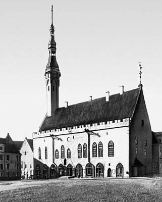 Архитектура 13 — начала 20 вв. Ратуша. 1404. Таллин.