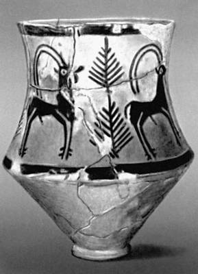 Расписной сосуд из Ак-Тепе. 2-е тыс. до н. э. Музей истории Туркменской ССР. Ашхабад.