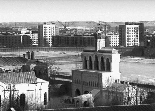 Новгород. Вид части города.