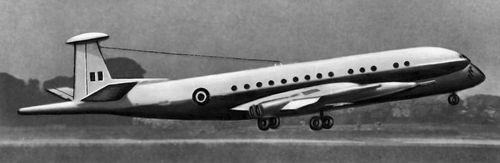 Рис.4. Английский противолодочный самолет HS-801.