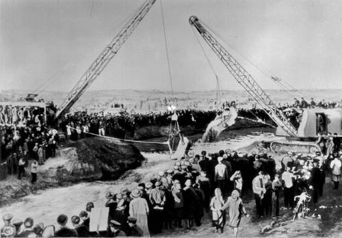 Пуск 2-й очереди Каракумского оросительного канала. 1960.