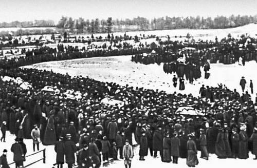 Похороны жертв 16 октября 1905. Таллин.