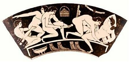 Предпочтение анальной эротики имело место во многих культурах. Во времена греческой античности самых высоких похвал удостаивались статные женские бедра, и поэтому почиталась богиня Афродита Каллипигосская (греч.: у которой красивые ягодицы). Зачастую дело не ограничивалось созерцанием или прикосновениями и доходило до непосредственных контактов. Анальный половой акт практиковался главным образом с мальчиками и юношами, но и среди женщин он не был чем-то необычным и считался заменой при отсутствии молодого мужчины. В некоторых случаях анальный акт, видимо, служил предотвращению беременности. Учитывая тогдашнюю оценку анальной эротики, следует указать на особые отношения между юношами и взрослыми мужчинами, которые в античной Греции распространялись не только на сферу философии (см.