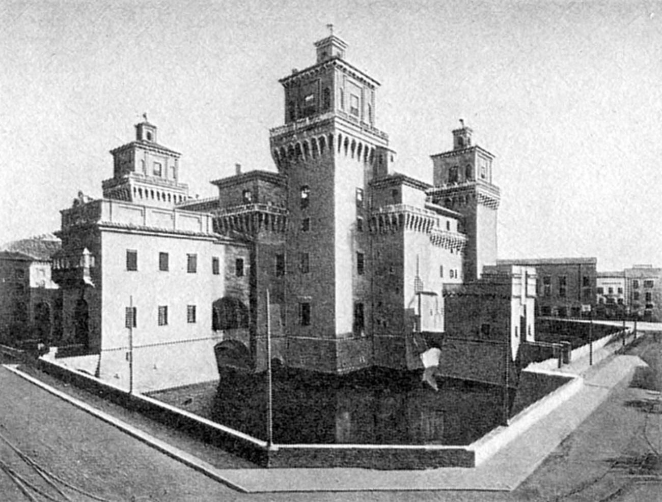 Замок Эсте. 1385 - 1544. Архитекторы Бартолино да Новара и Джироламо да Карпи.