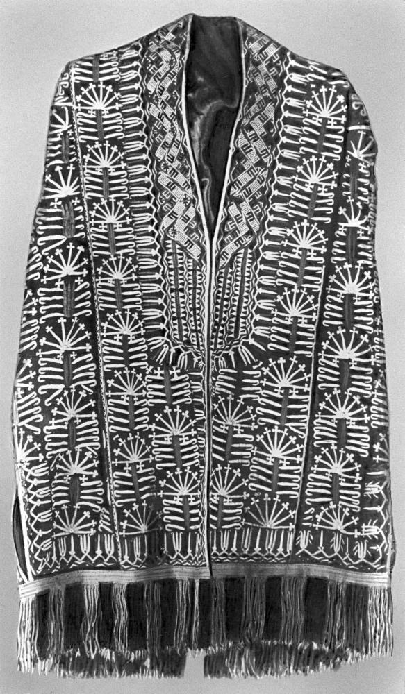 Текинский праздничный женский халат-накидка - чырпы. Вышивка шёлком. 20 в.